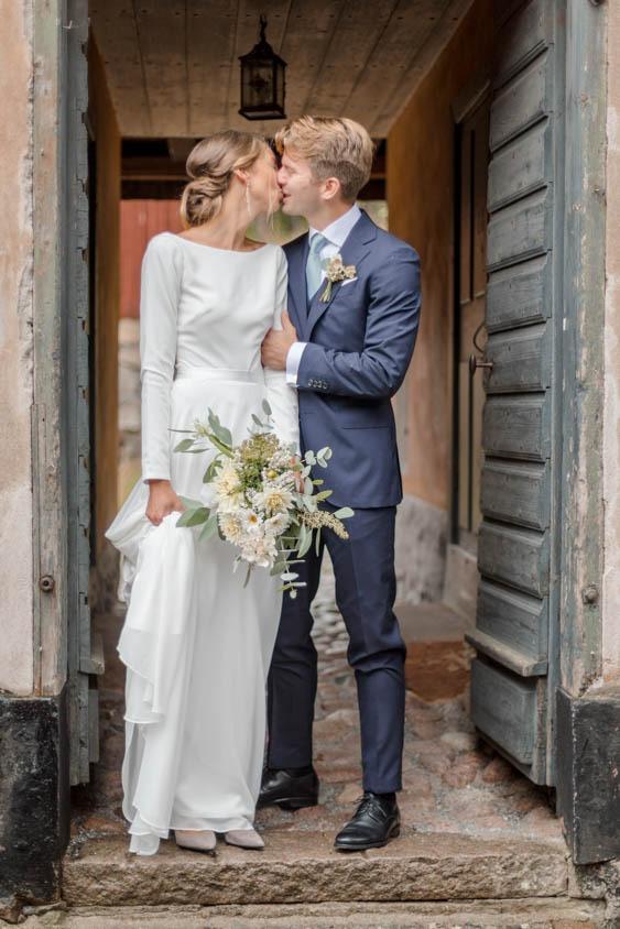 Kissing in a doorway at Skansen