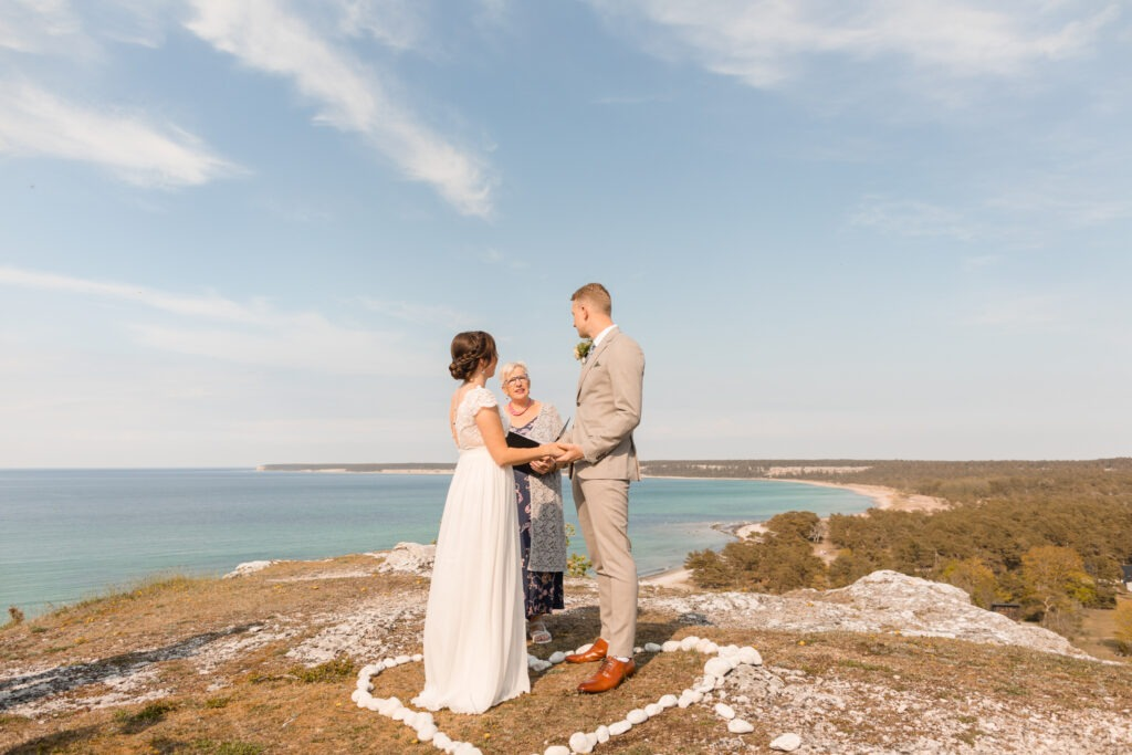 Wedding trends of couples choosing a close by wedding at a special place