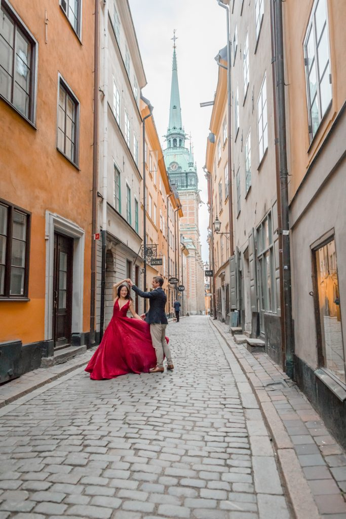 Post wedding session in old town stockholm, one of many locations in stockholm perfect for photos