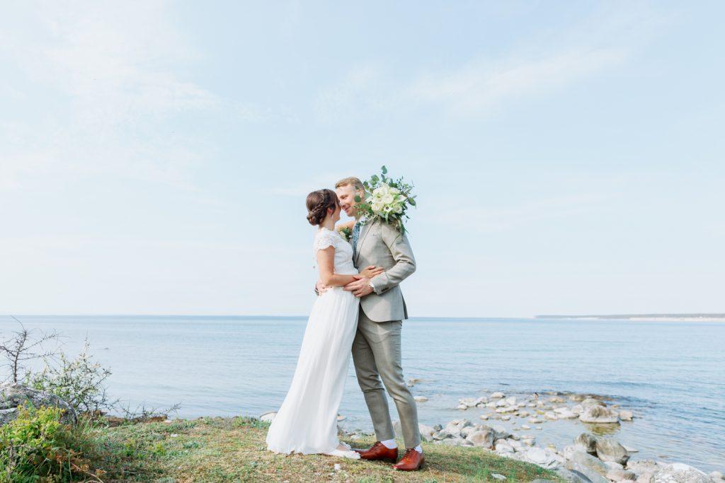 Gotland wedding and a stunning bridal hairdo's