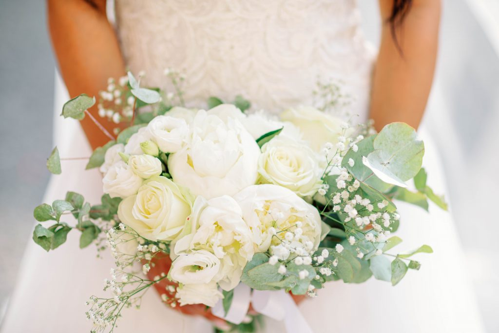 wedding problems and a close up photo of the bridal bouquet