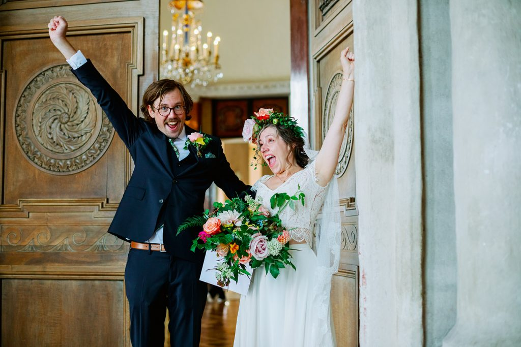 adventure elopement bride and groom just said yes at Stockholm cityhall